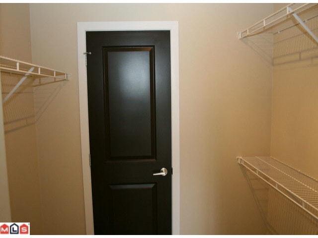 Condo Apartment at 215 46262 FIRST AVENUE, Unit 215, Chilliwack, British Columbia. Image 6