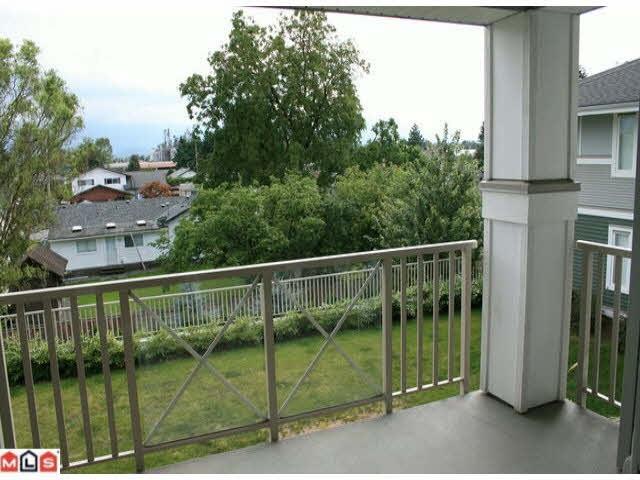 Condo Apartment at 215 46262 FIRST AVENUE, Unit 215, Chilliwack, British Columbia. Image 8