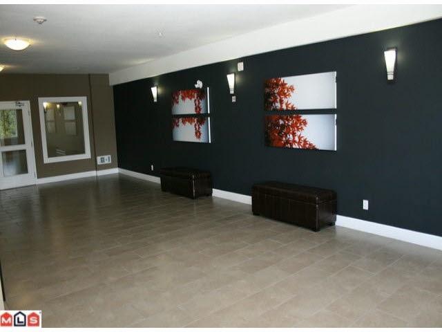 Condo Apartment at 215 46262 FIRST AVENUE, Unit 215, Chilliwack, British Columbia. Image 10