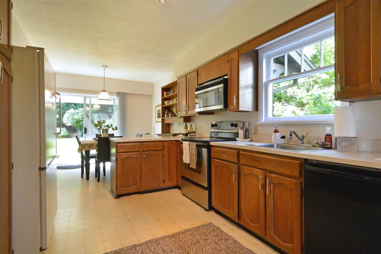 Detached at 1320 W 33RD AVENUE, Vancouver West, British Columbia. Image 7