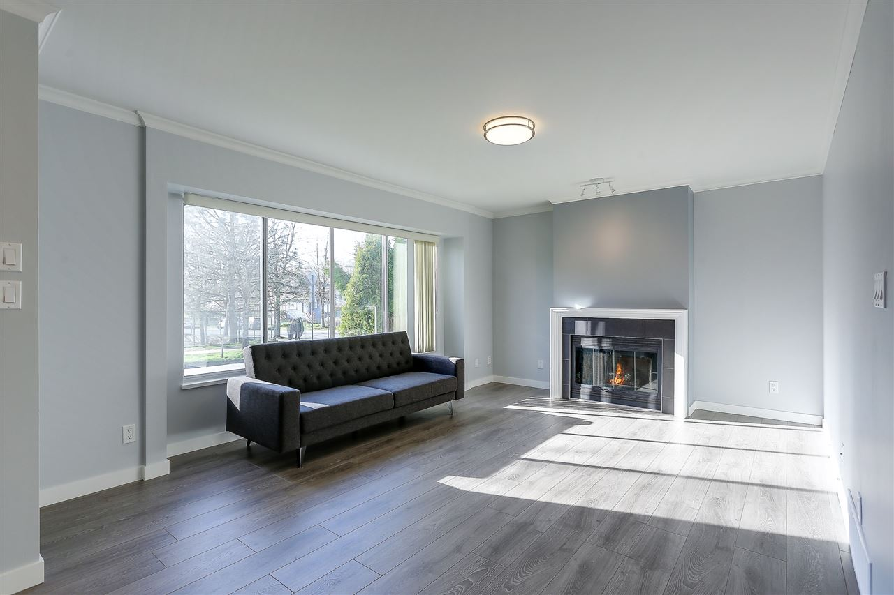 Detached at 5540 WINDSOR STREET, Vancouver East, British Columbia. Image 4