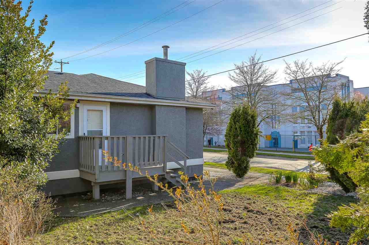 Detached at 5540 WINDSOR STREET, Vancouver East, British Columbia. Image 17