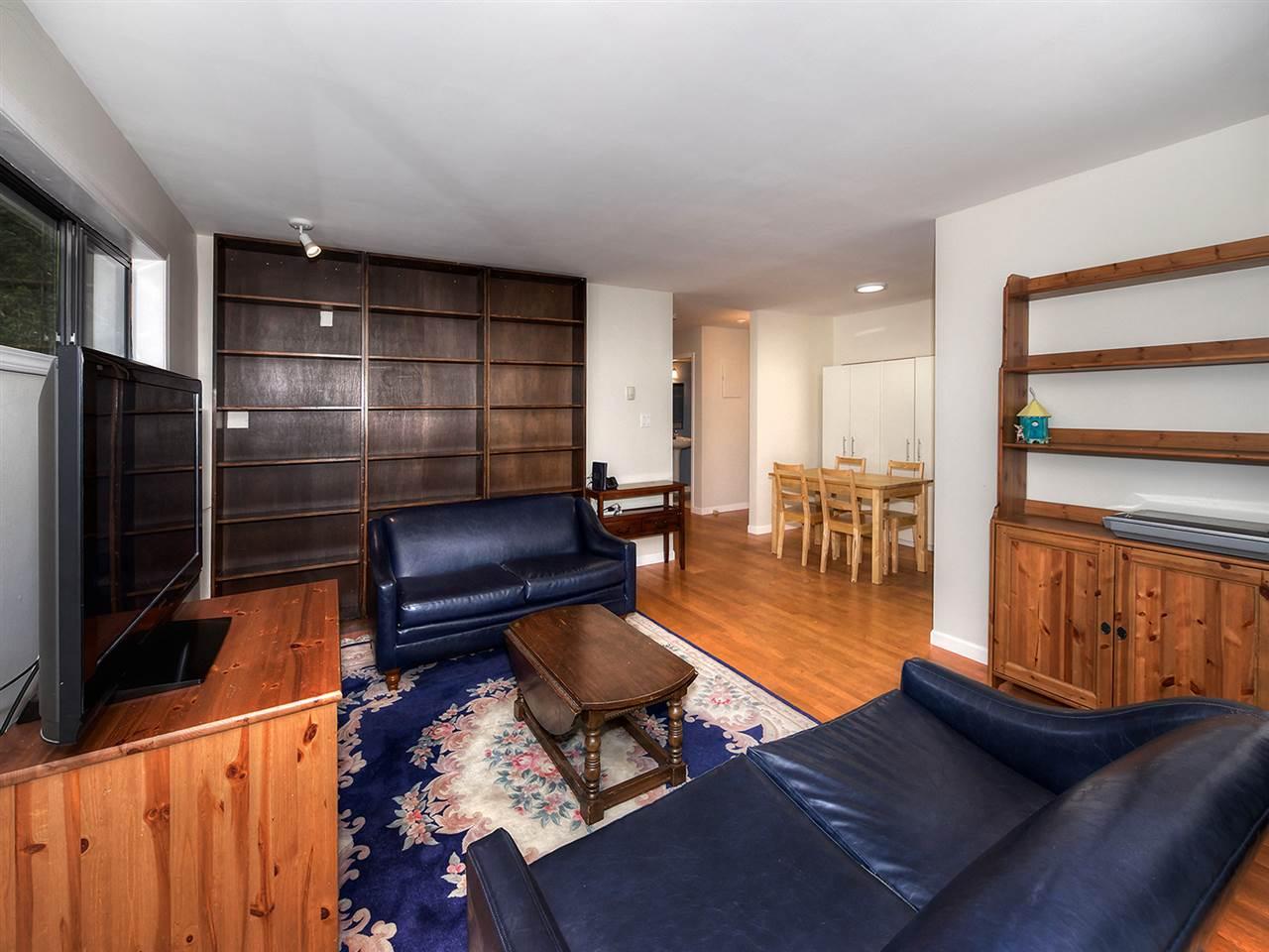 Condo Apartment at 205 2320 W 40TH AVENUE, Unit 205, Vancouver West, British Columbia. Image 5