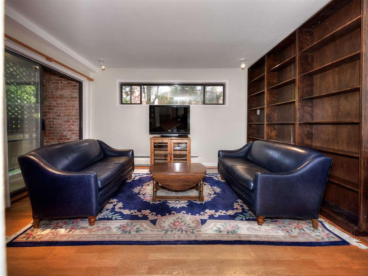 Condo Apartment at 205 2320 W 40TH AVENUE, Unit 205, Vancouver West, British Columbia. Image 7