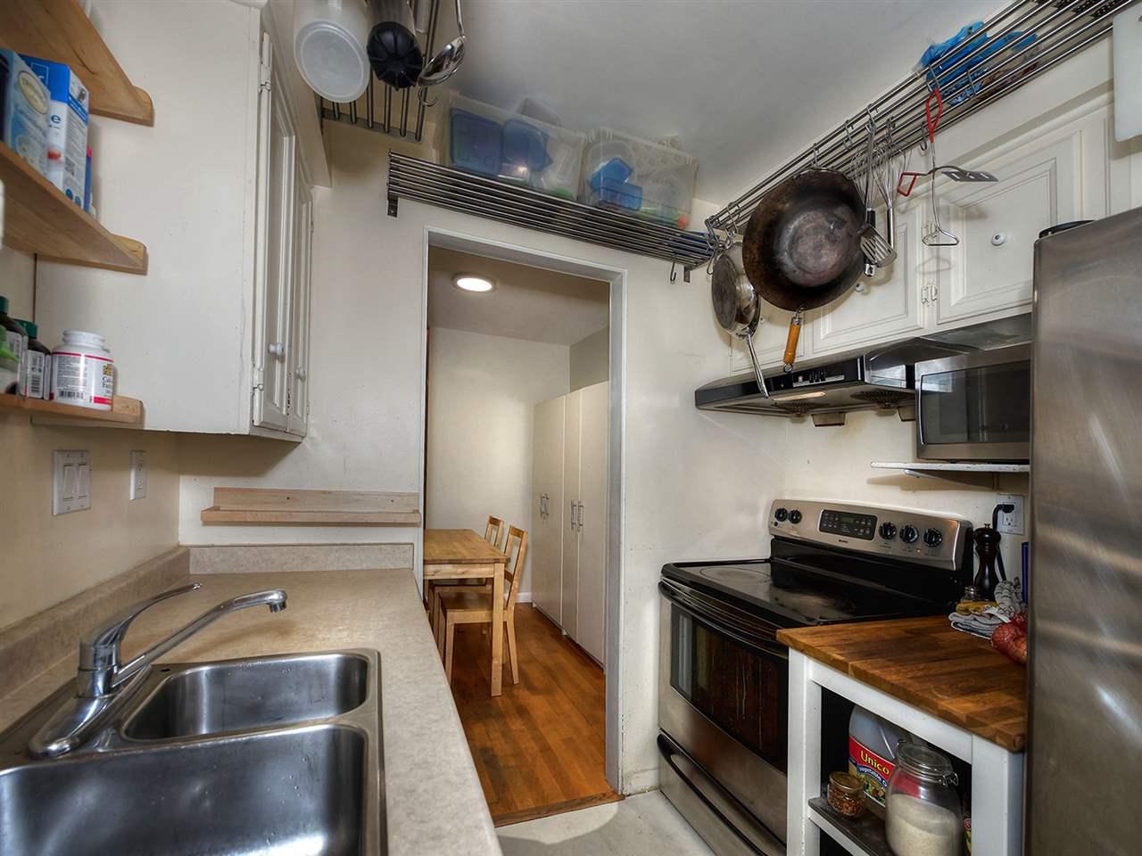 Condo Apartment at 205 2320 W 40TH AVENUE, Unit 205, Vancouver West, British Columbia. Image 11