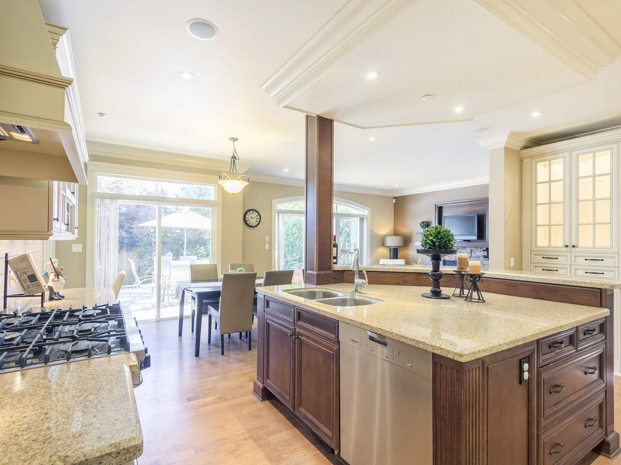 Detached at 878 W 27TH AVENUE, Vancouver West, British Columbia. Image 6