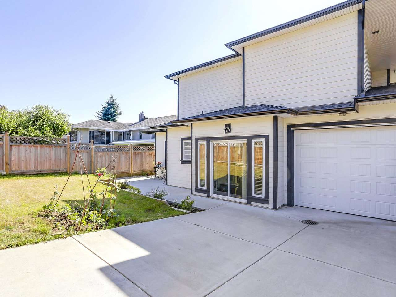 Half-duplex at 4952 LORRAINE AVENUE, Burnaby South, British Columbia. Image 20