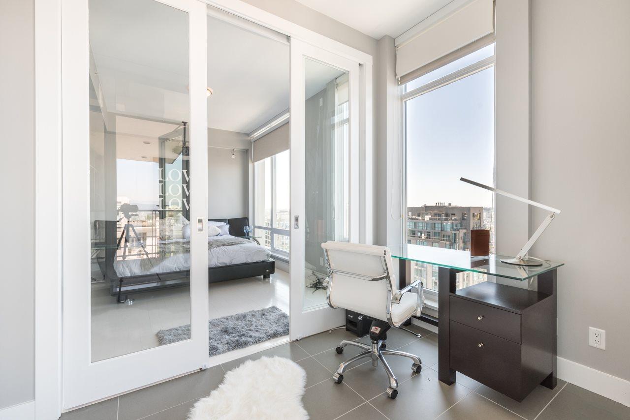 Condo Apartment at 3103 535 SMITHE STREET, Unit 3103, Vancouver West, British Columbia. Image 6