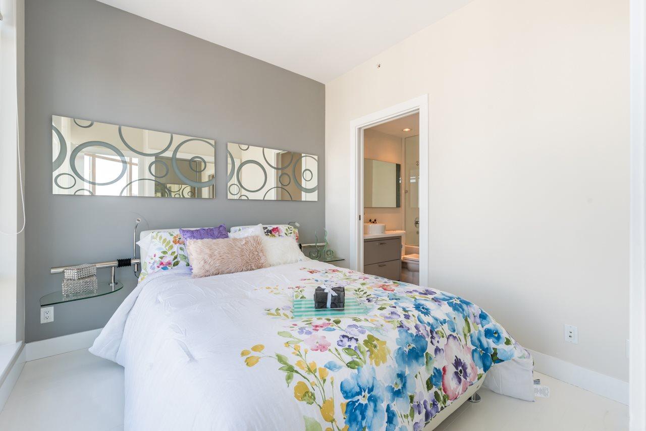 Condo Apartment at 3103 535 SMITHE STREET, Unit 3103, Vancouver West, British Columbia. Image 8