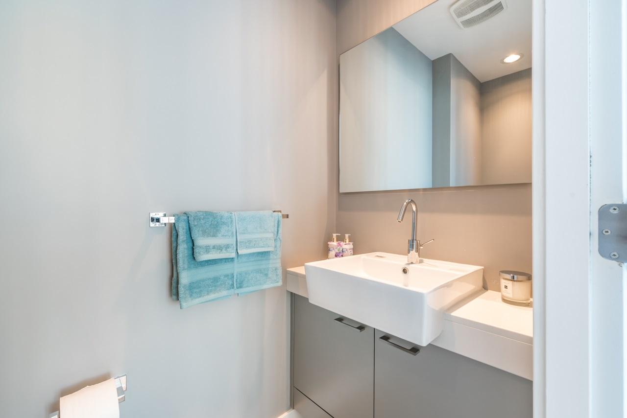 Condo Apartment at 3103 535 SMITHE STREET, Unit 3103, Vancouver West, British Columbia. Image 10