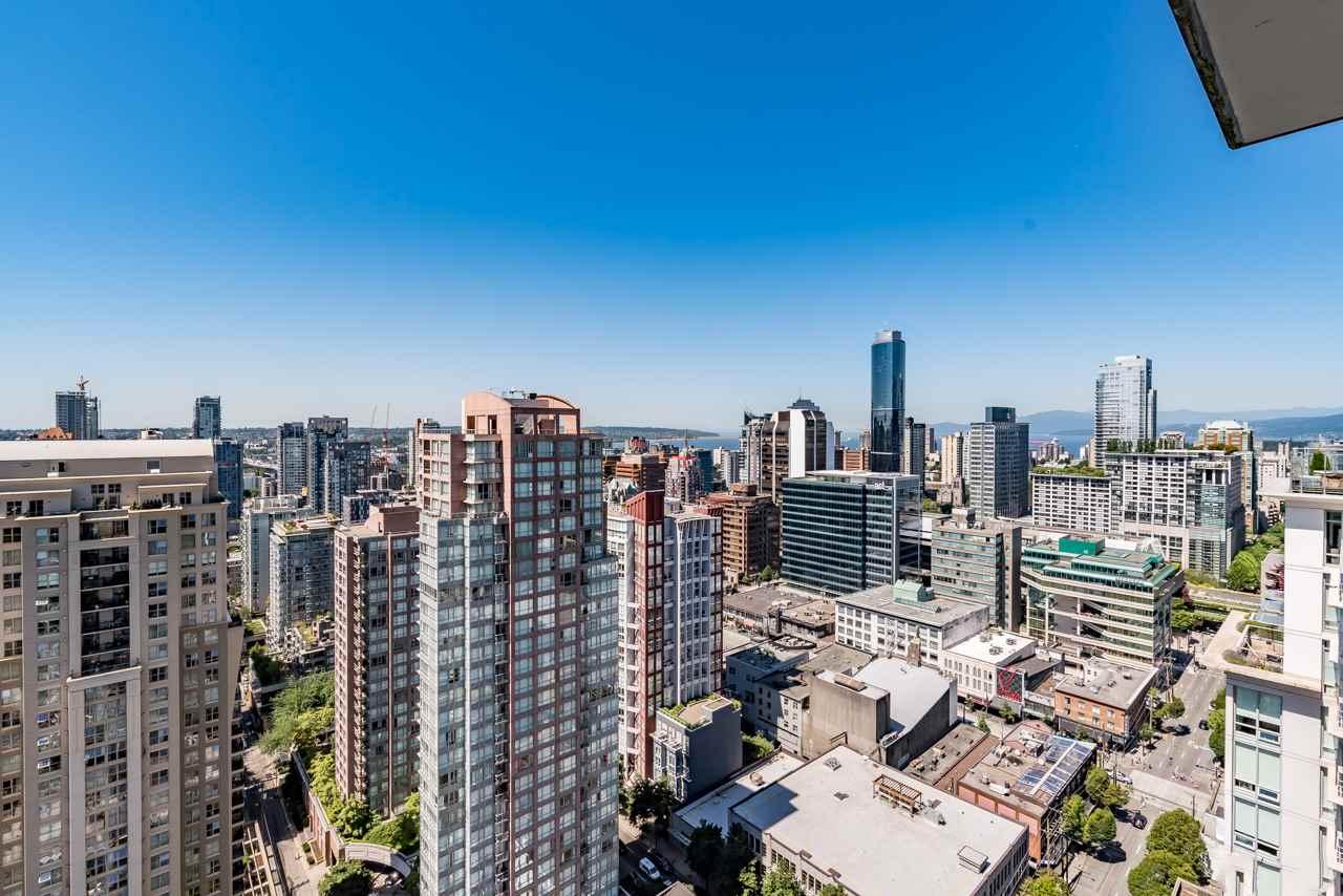 Condo Apartment at 3103 535 SMITHE STREET, Unit 3103, Vancouver West, British Columbia. Image 13