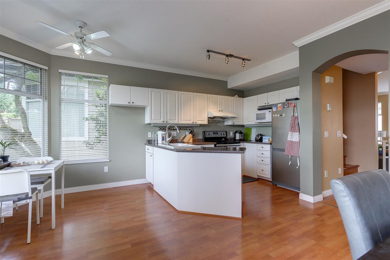 Townhouse at 54 5950 OAKDALE ROAD, Unit 54, Burnaby South, British Columbia. Image 6