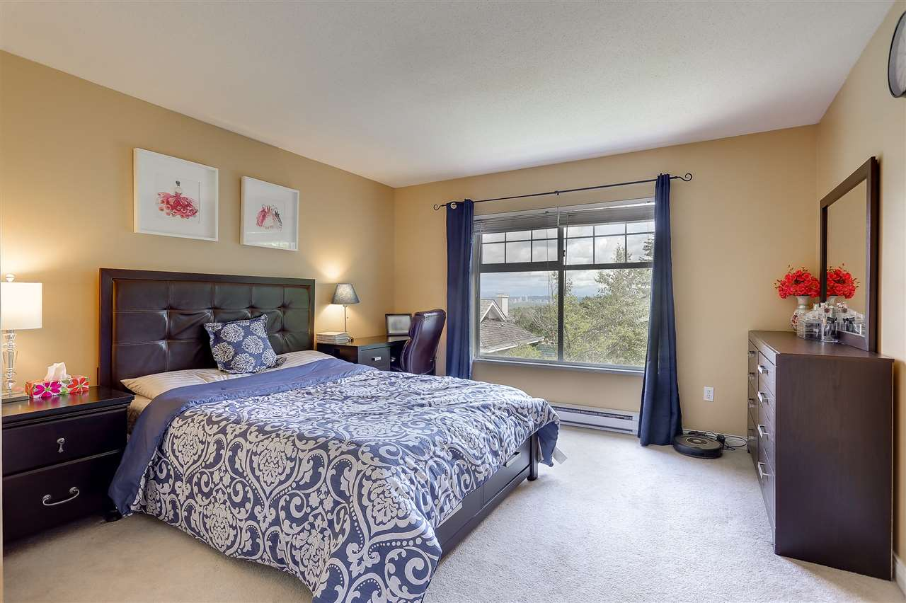 Townhouse at 54 5950 OAKDALE ROAD, Unit 54, Burnaby South, British Columbia. Image 10