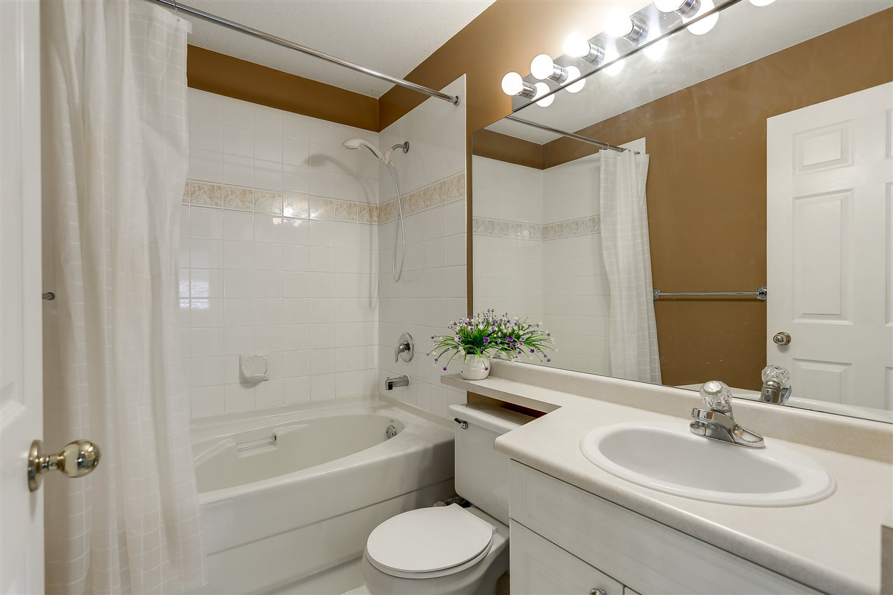 Townhouse at 54 5950 OAKDALE ROAD, Unit 54, Burnaby South, British Columbia. Image 15