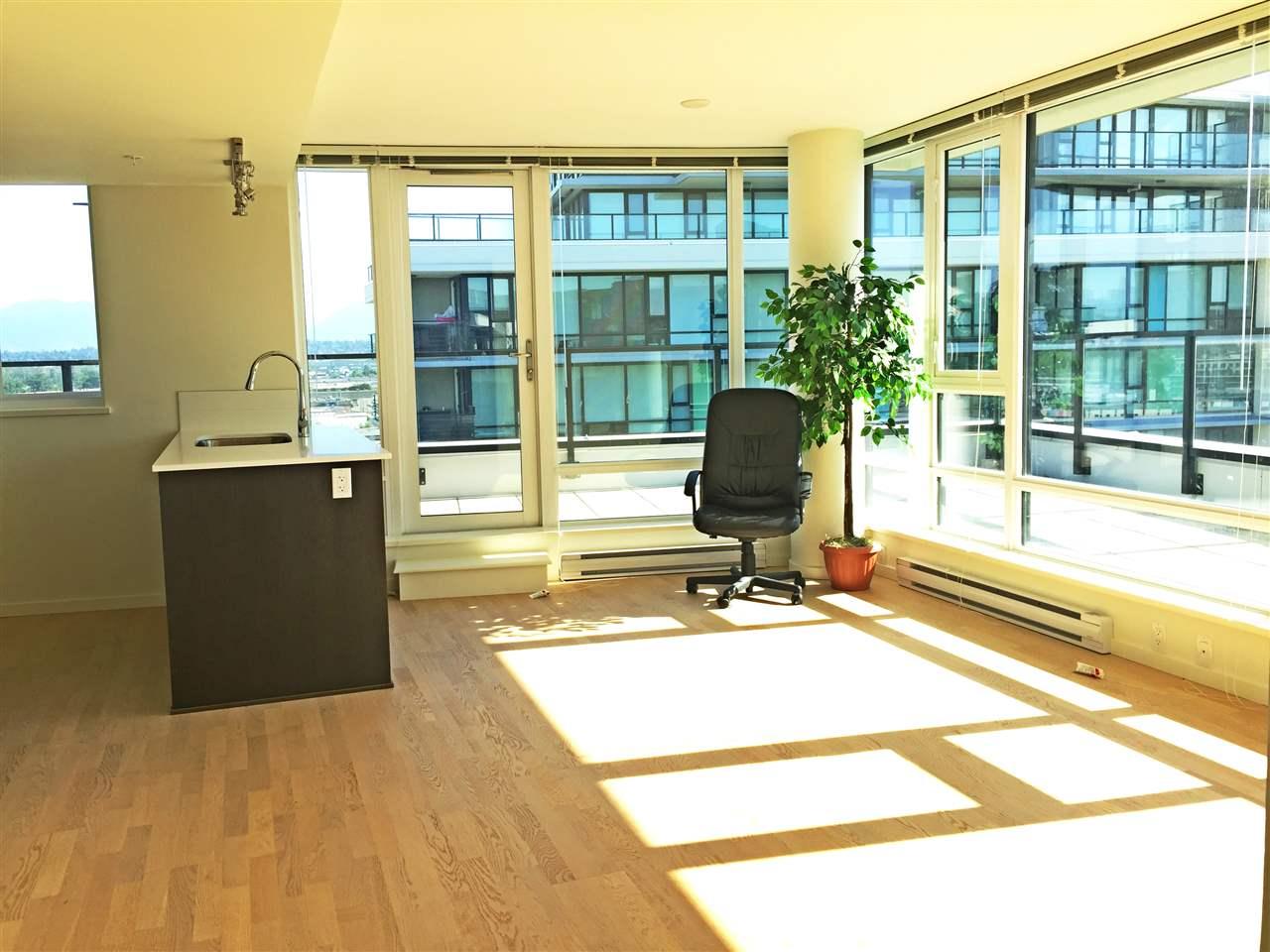 Condo Apartment at 1601 7733 FIRBRIDGE WAY, Unit 1601, Richmond, British Columbia. Image 2