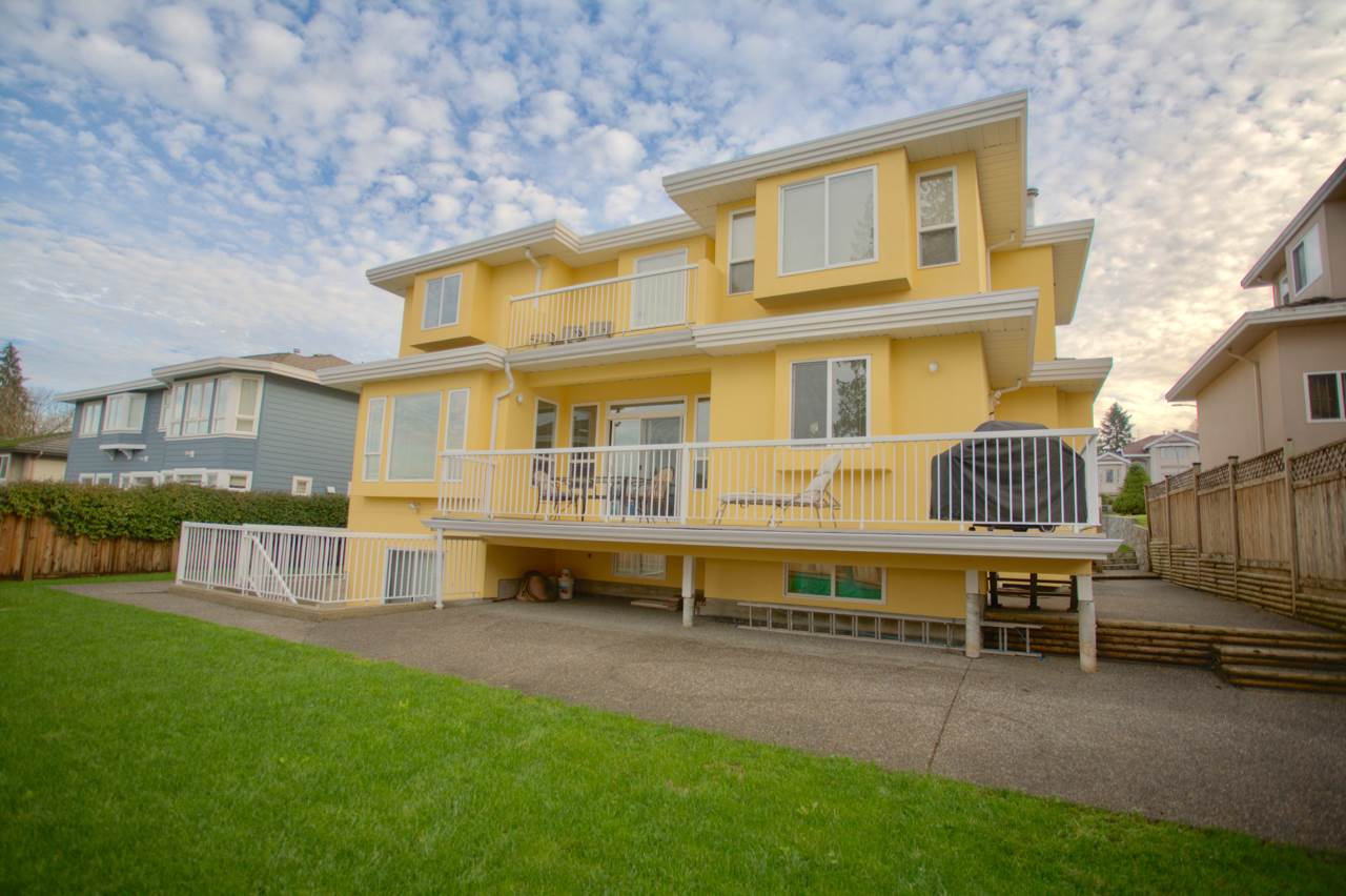 Detached at 7917 MAYFIELD STREET, Burnaby South, British Columbia. Image 17