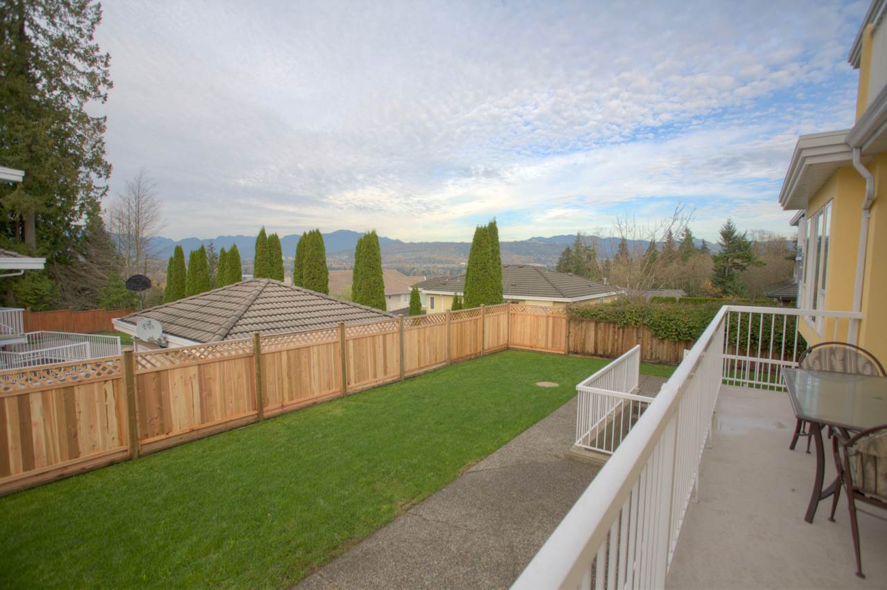 Detached at 7917 MAYFIELD STREET, Burnaby South, British Columbia. Image 18