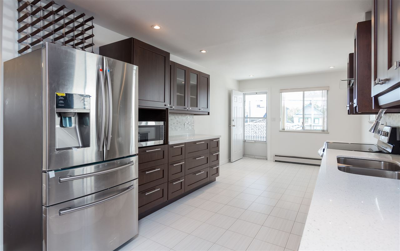Detached at 535 E 19TH AVENUE, Vancouver East, British Columbia. Image 5