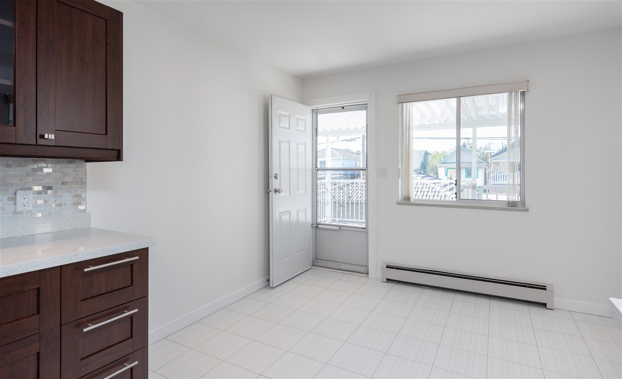 Detached at 535 E 19TH AVENUE, Vancouver East, British Columbia. Image 7