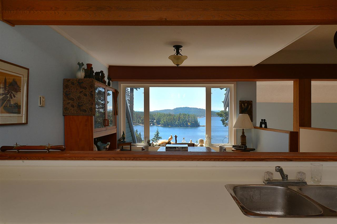 Detached at 17 5471 SECRET COVE ROAD, Unit 17, Sunshine Coast, British Columbia. Image 5
