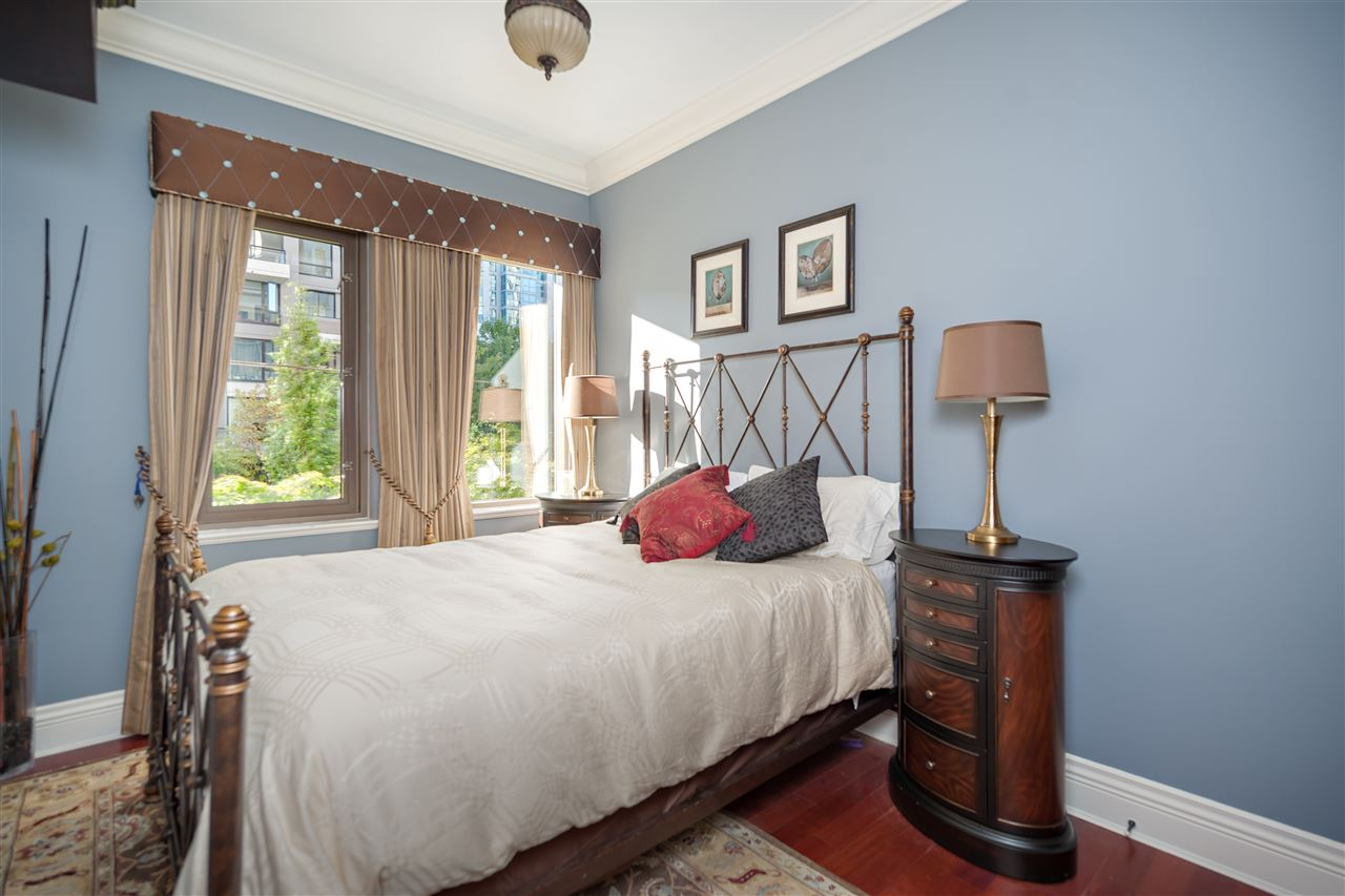 Townhouse at 1298 RICHARDS STREET, Vancouver West, British Columbia. Image 4