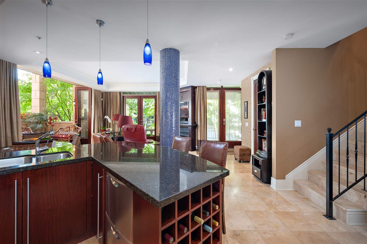 Townhouse at 1298 RICHARDS STREET, Vancouver West, British Columbia. Image 11