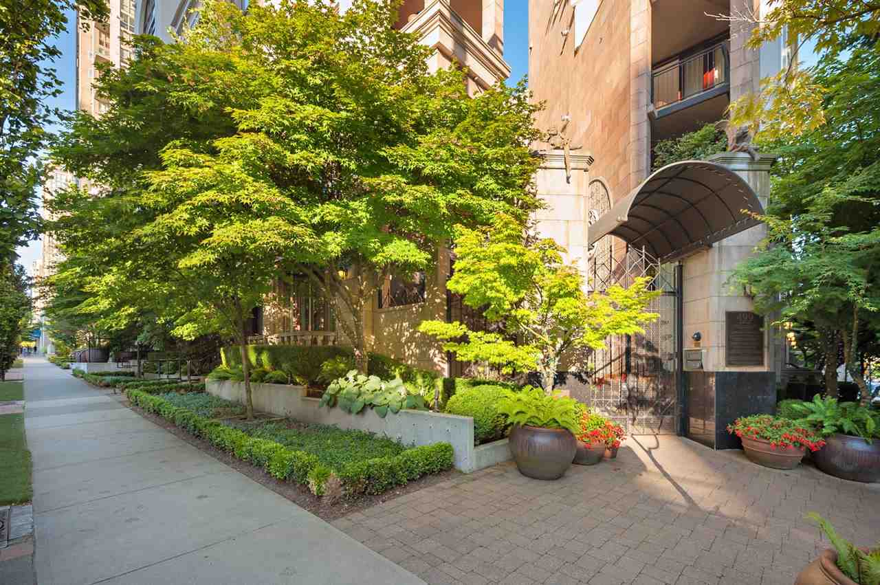 Townhouse at 1298 RICHARDS STREET, Vancouver West, British Columbia. Image 16