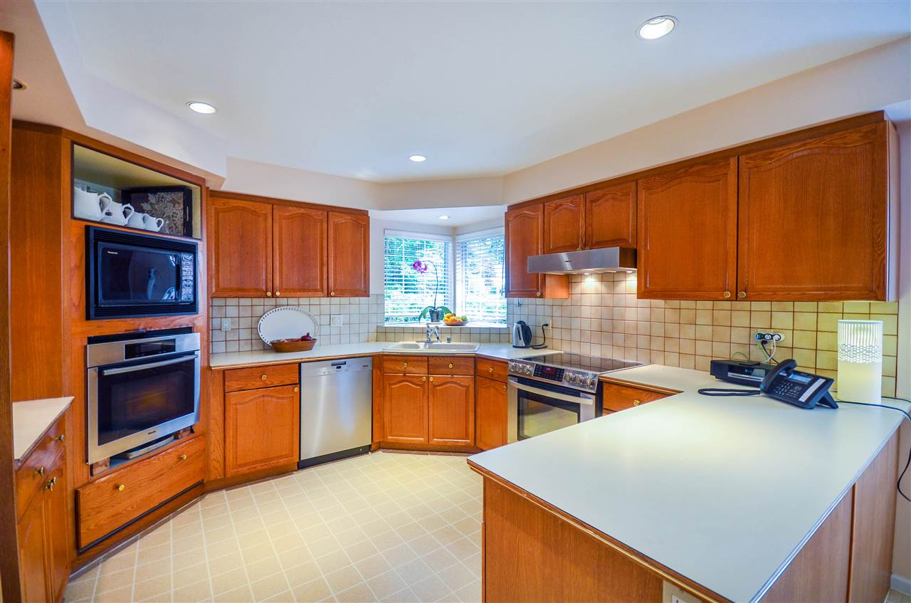 Detached at 1480 14TH STREET, West Vancouver, British Columbia. Image 2