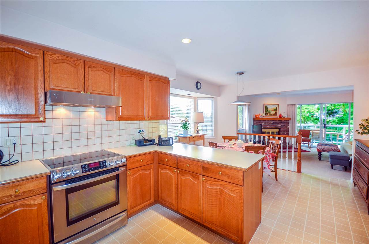 Detached at 1480 14TH STREET, West Vancouver, British Columbia. Image 3