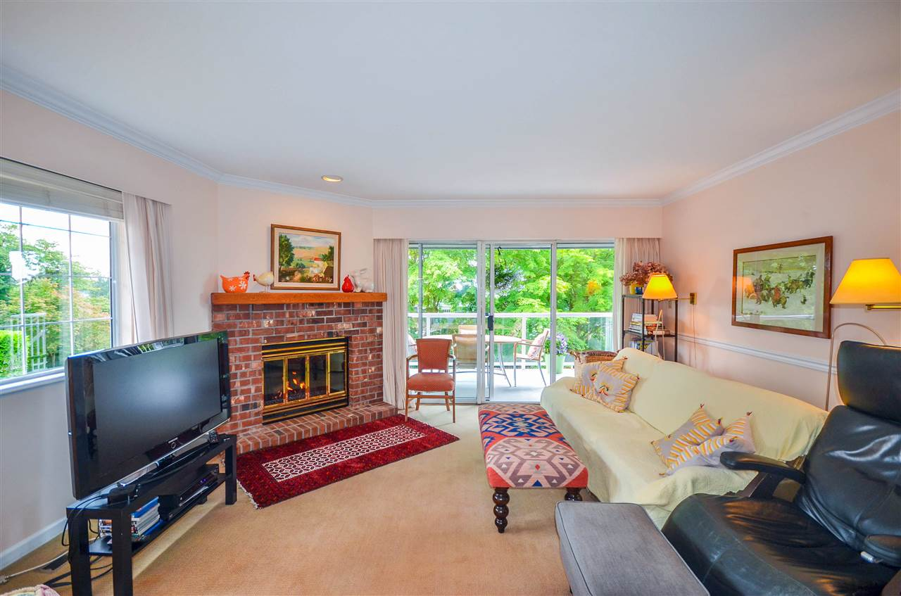Detached at 1480 14TH STREET, West Vancouver, British Columbia. Image 4