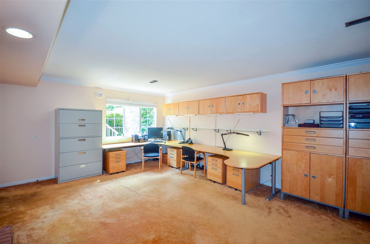 Detached at 1480 14TH STREET, West Vancouver, British Columbia. Image 9