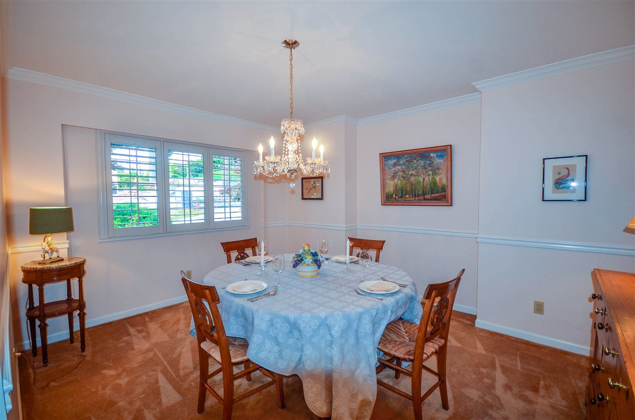 Detached at 1480 14TH STREET, West Vancouver, British Columbia. Image 16