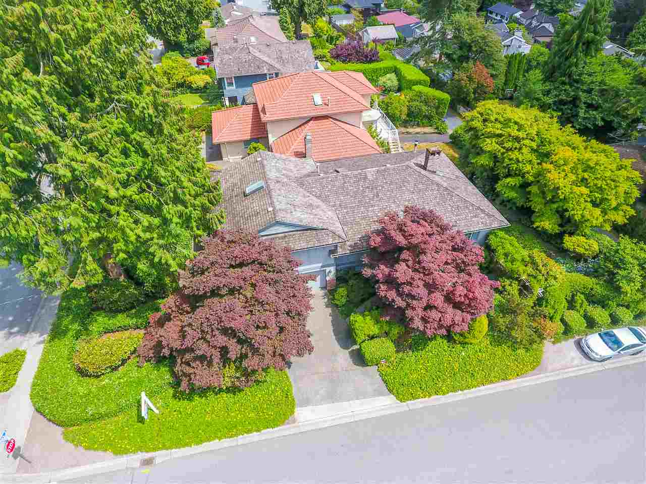 Detached at 1480 14TH STREET, West Vancouver, British Columbia. Image 17