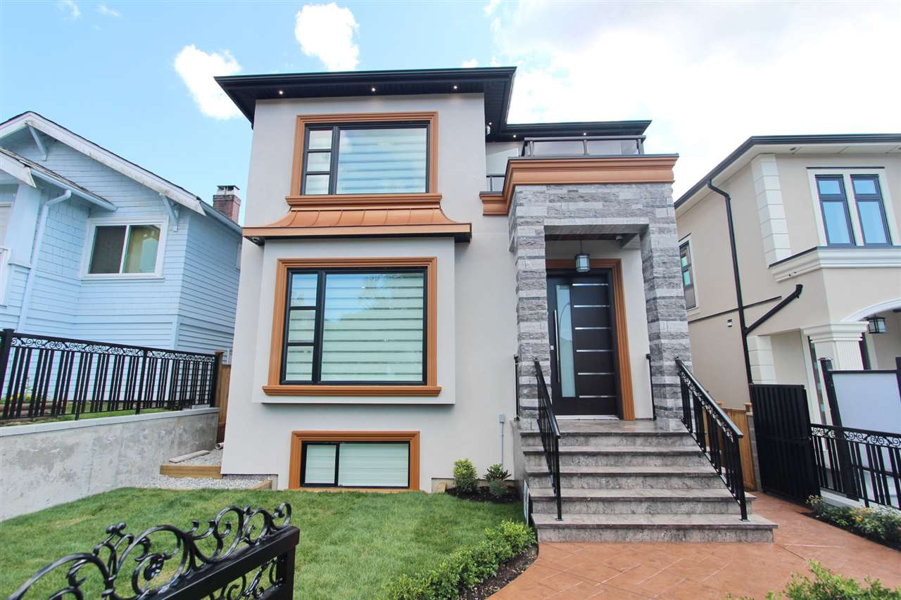 Detached at 2576 E 7TH AVENUE, Vancouver East, British Columbia. Image 1
