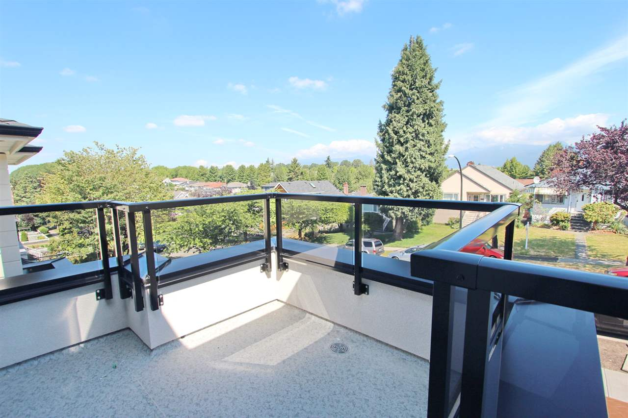 Detached at 2576 E 7TH AVENUE, Vancouver East, British Columbia. Image 15