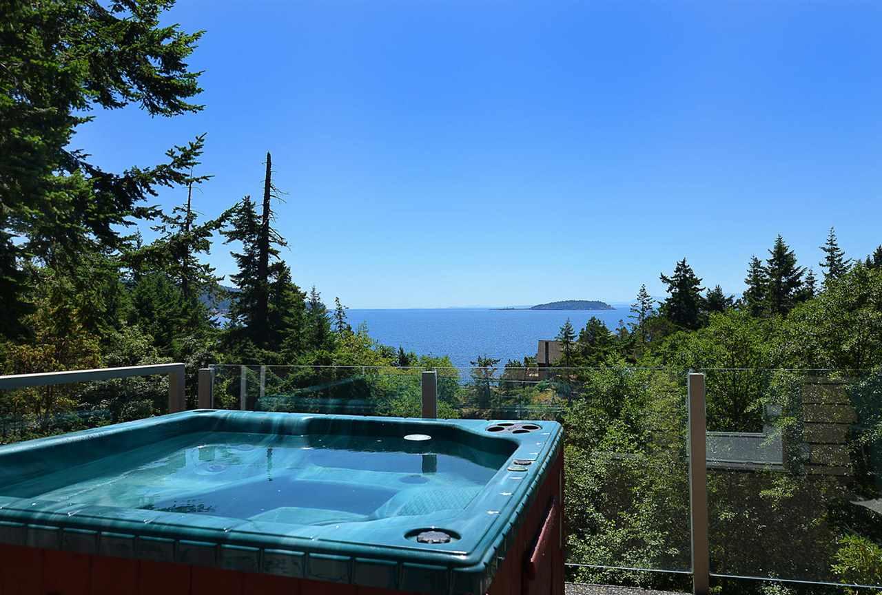 Detached at 9341 TRUMAN ROAD, Sunshine Coast, British Columbia. Image 1
