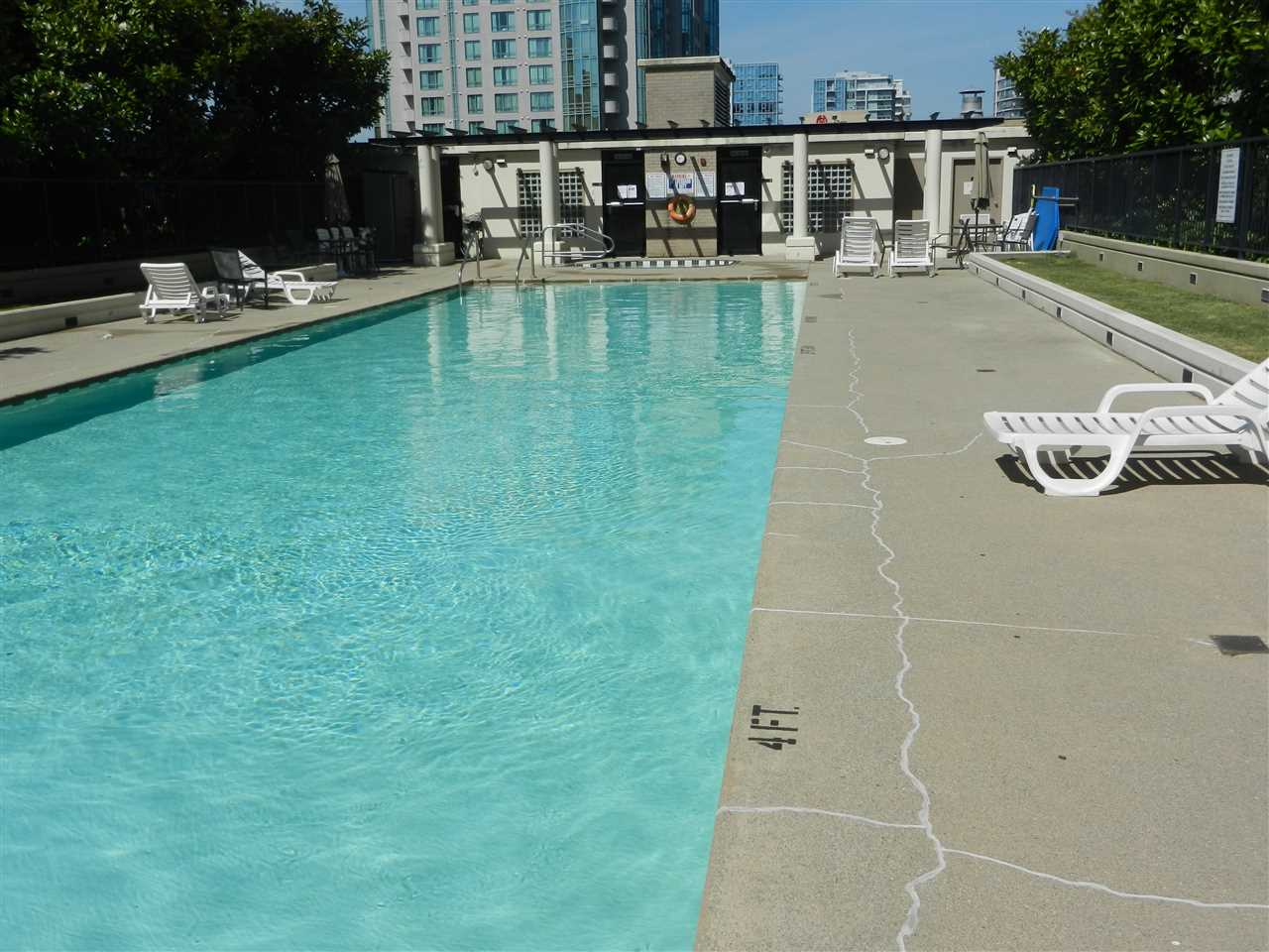 Condo Apartment at 517 7831 WESTMINSTER HIGHWAY, Unit 517, Richmond, British Columbia. Image 17