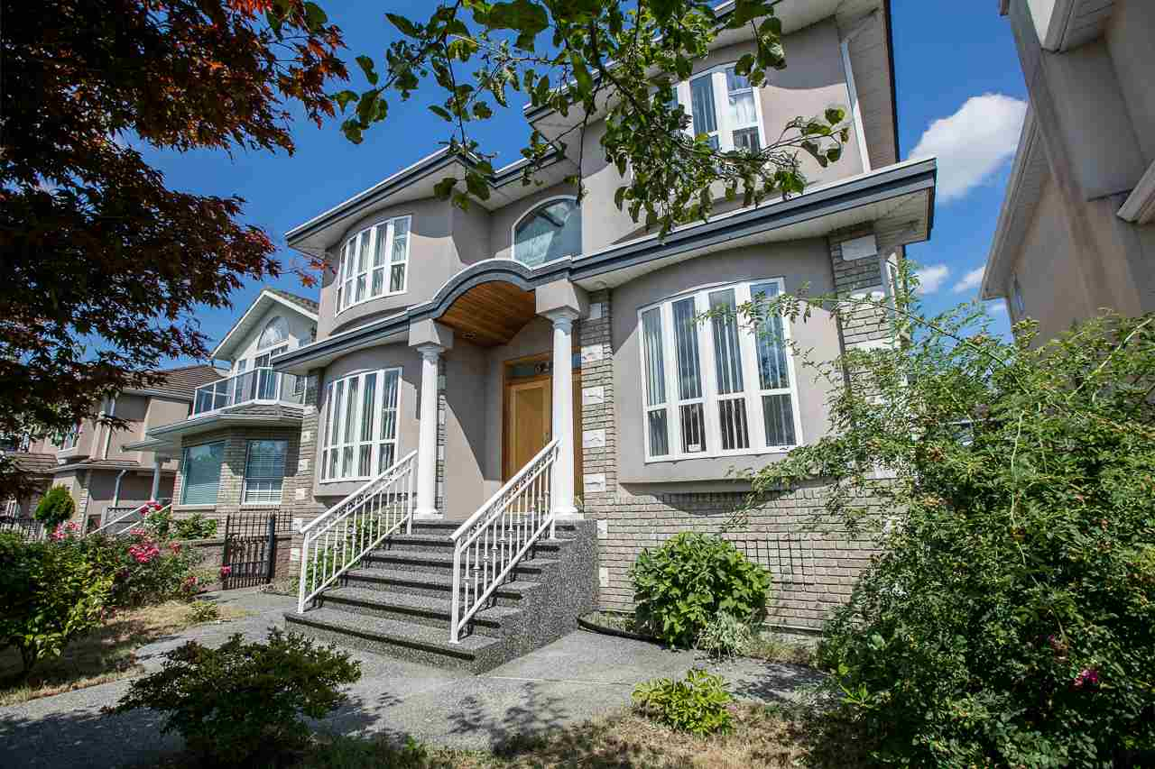 Detached at 6228 DOMAN STREET, Vancouver East, British Columbia. Image 2