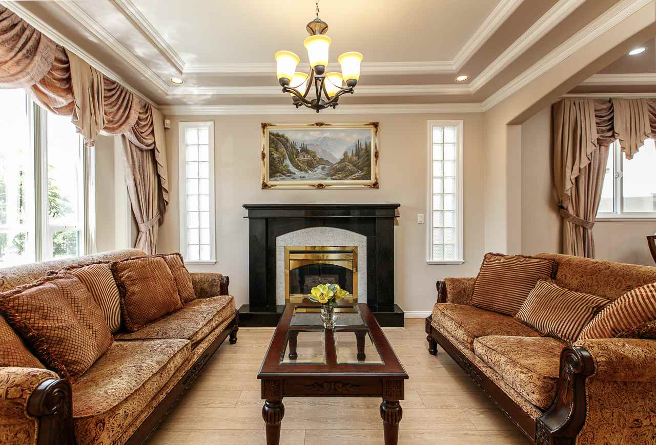 Detached at 6228 DOMAN STREET, Vancouver East, British Columbia. Image 3