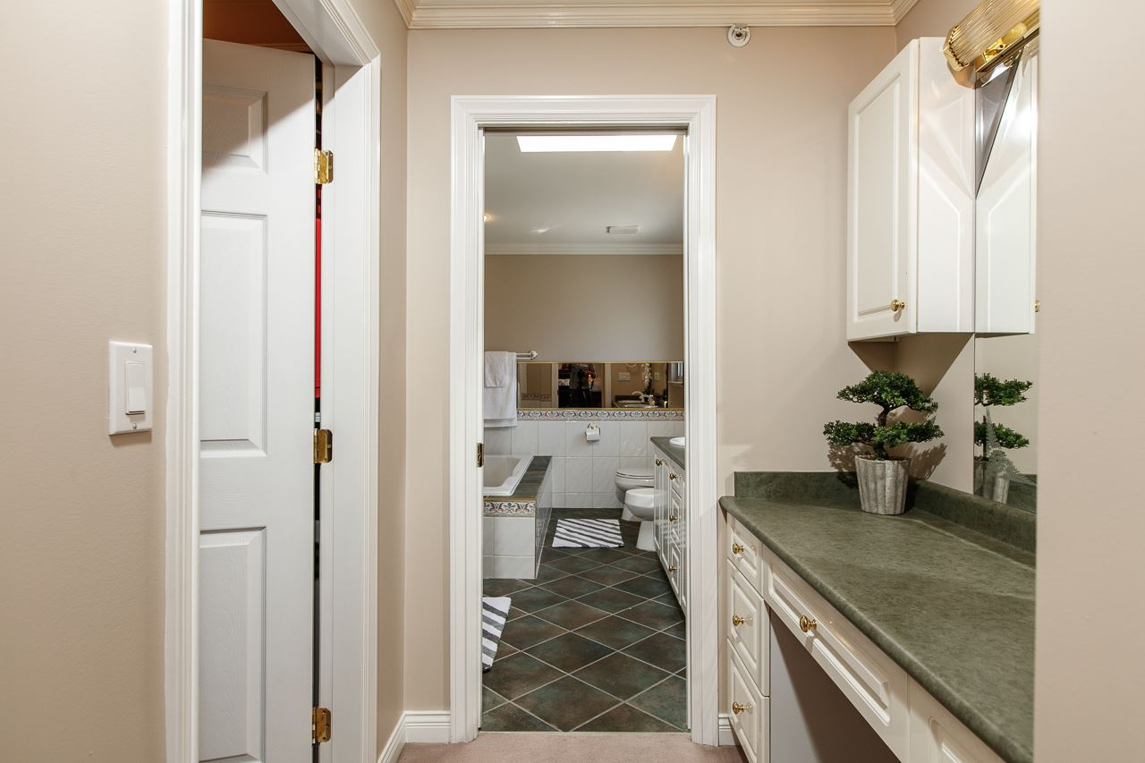 Detached at 6228 DOMAN STREET, Vancouver East, British Columbia. Image 13
