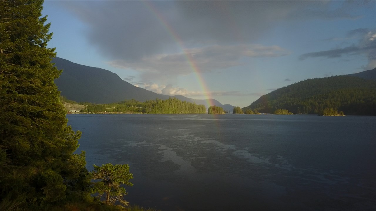 Detached at 4094 OLD EGMONT, Sunshine Coast, British Columbia. Image 6