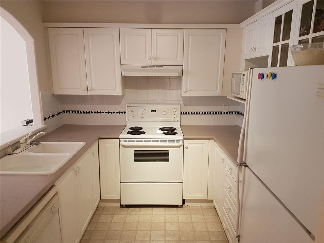 Condo Apartment at 211 5500 LYNAS LANE, Unit 211, Richmond, British Columbia. Image 6