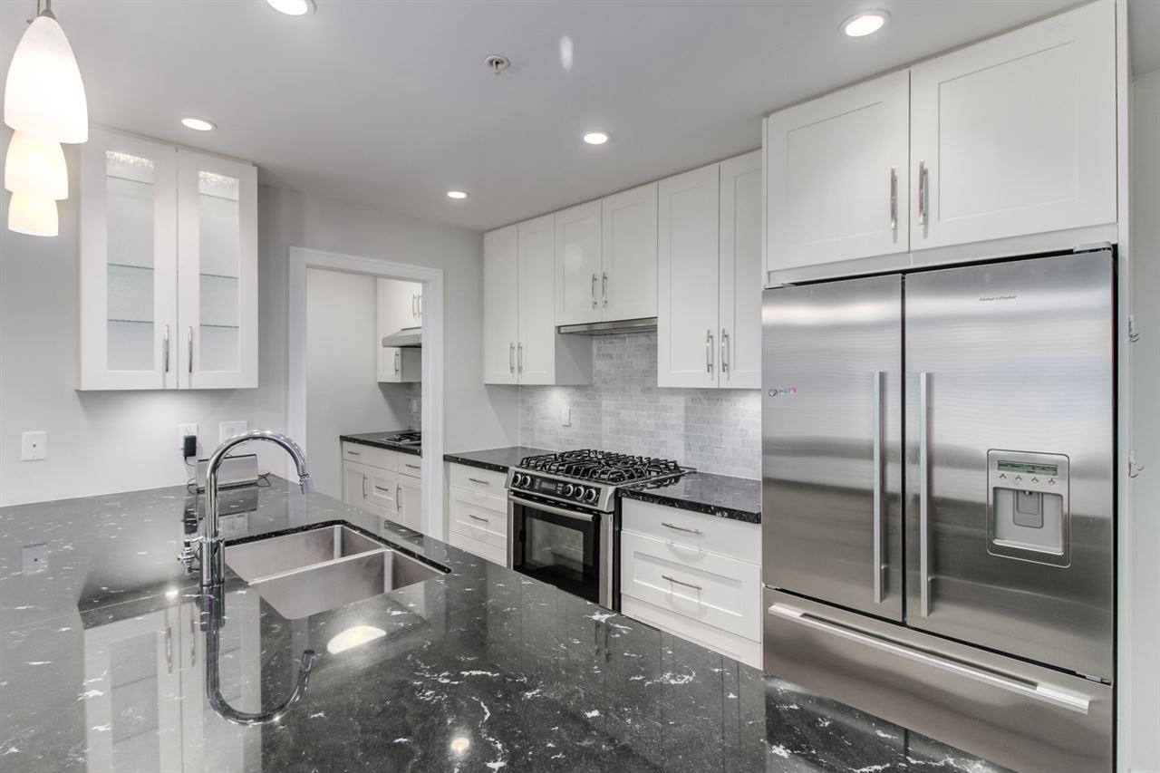 Townhouse at 6766 GRANVILLE STREET, Vancouver West, British Columbia. Image 4