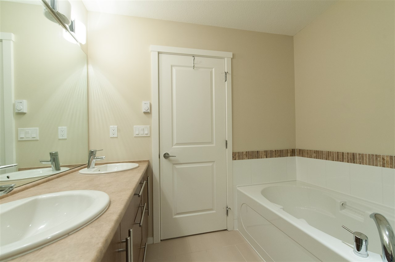 Townhouse at 68 1125 KENSAL PLACE, Unit 68, Coquitlam, British Columbia. Image 14