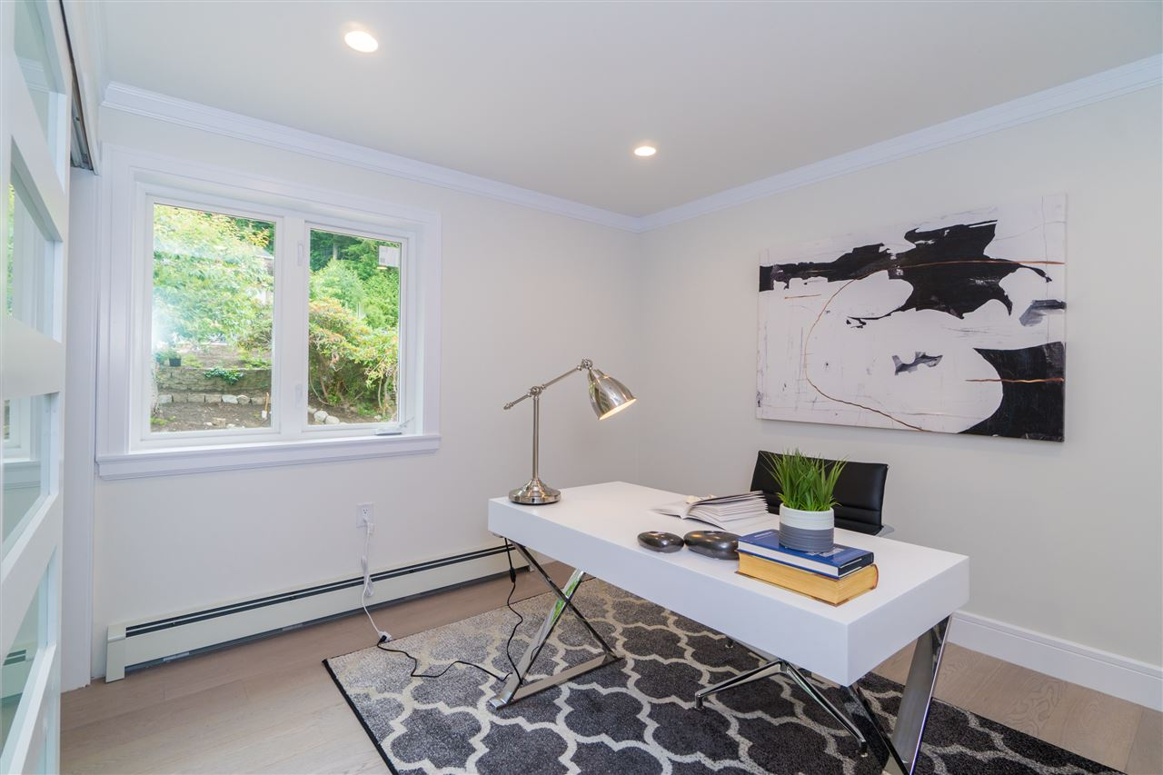 Detached at 5117 FRANCISCO COURT, North Vancouver, British Columbia. Image 12