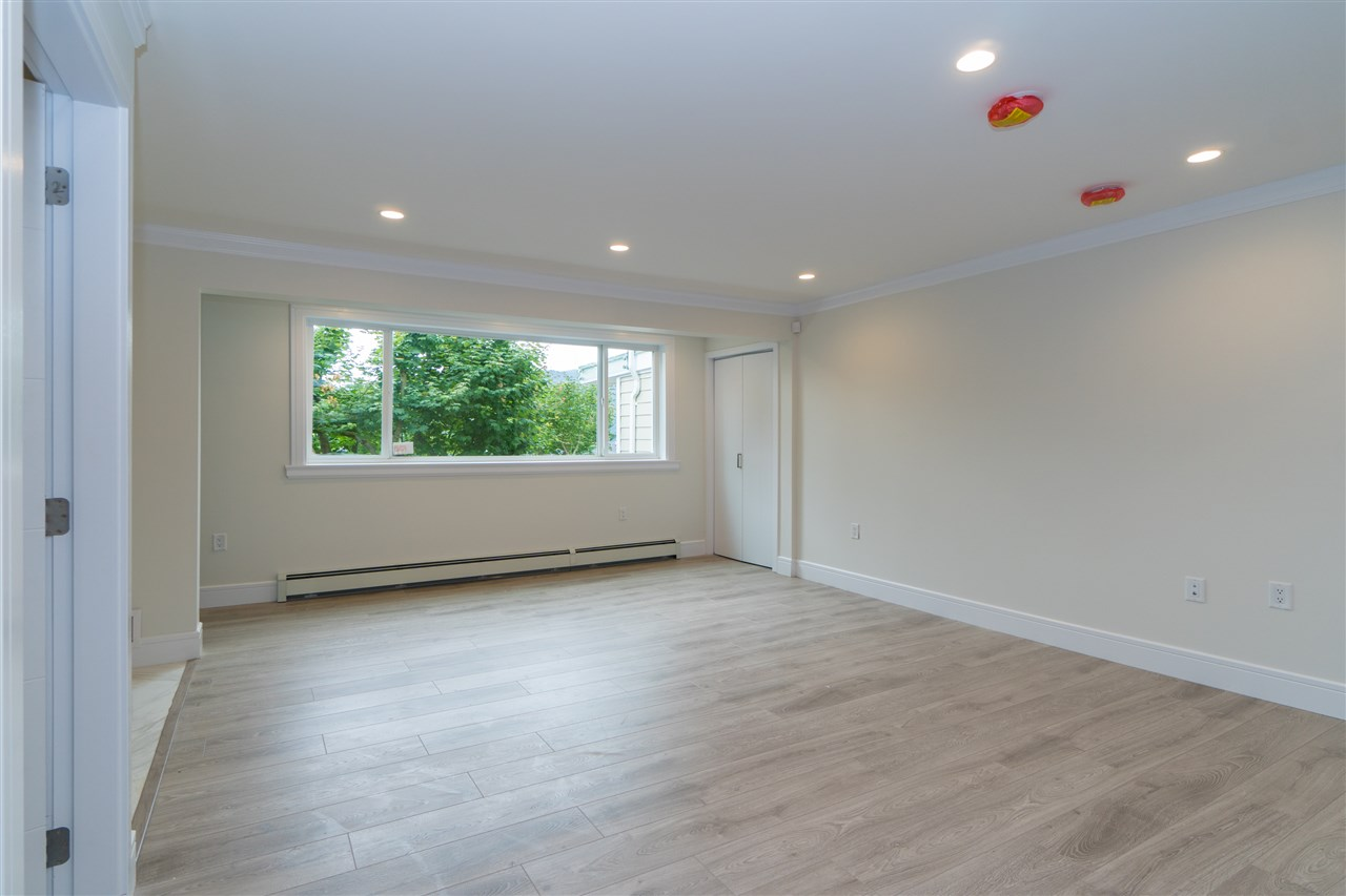 Detached at 5117 FRANCISCO COURT, North Vancouver, British Columbia. Image 14
