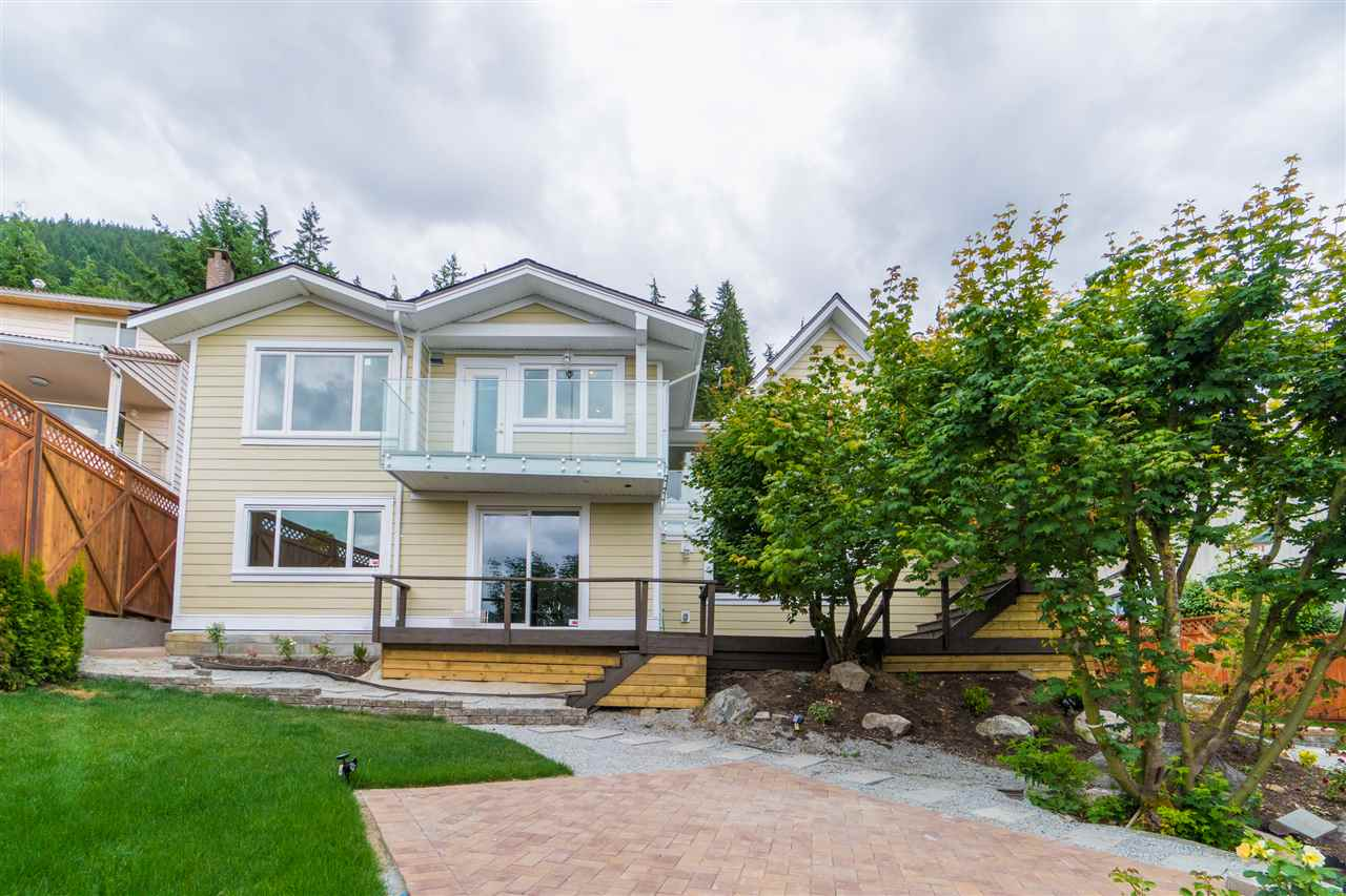 Detached at 5117 FRANCISCO COURT, North Vancouver, British Columbia. Image 20