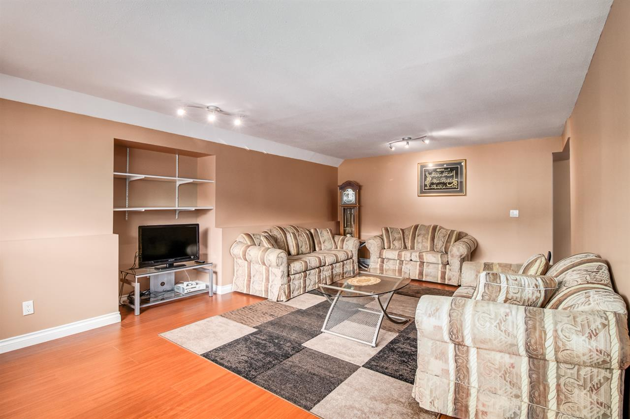 Detached at 2583 HARRIER DRIVE, Coquitlam, British Columbia. Image 3