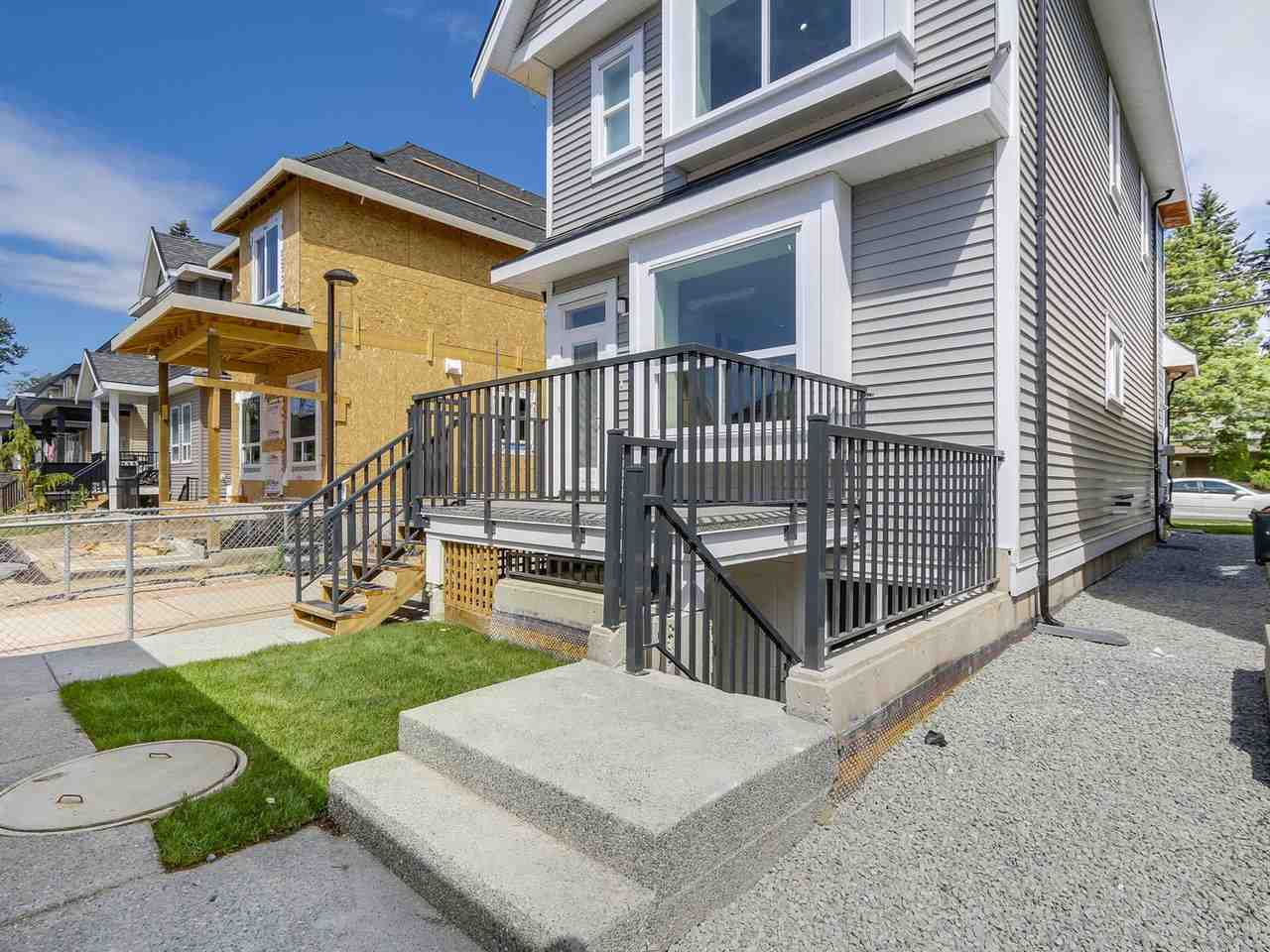 Detached at 13074 60 AVENUE, Surrey, British Columbia. Image 19