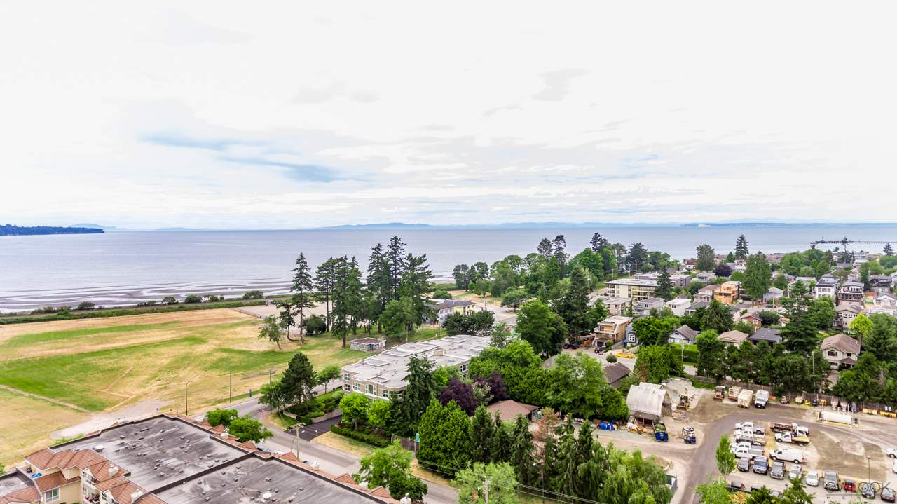 Detached at 867 HABGOOD STREET, South Surrey White Rock, British Columbia. Image 2